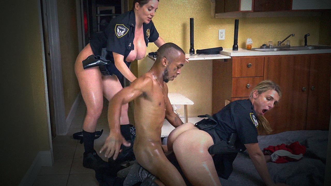 Полицейский порно фото, порно людмила ульяновск